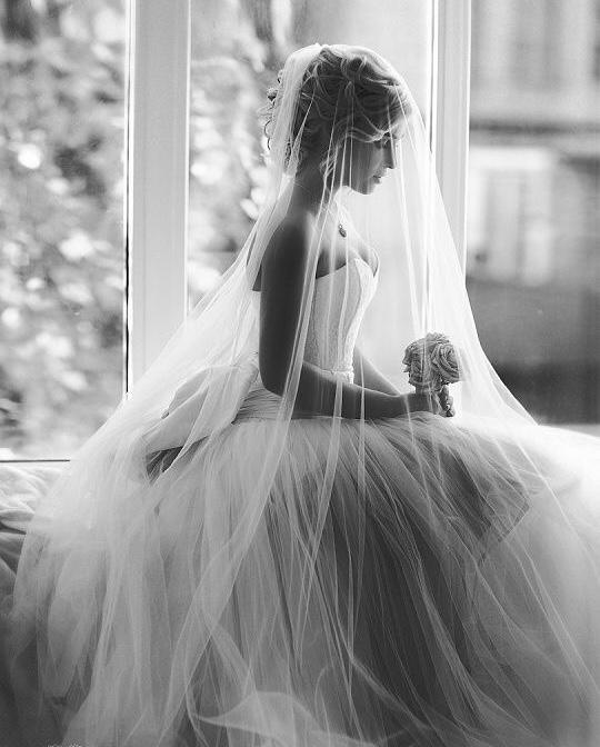 これから結婚式を迎える花嫁さんへ♡ブライダルまつげエクステの準備の始め方